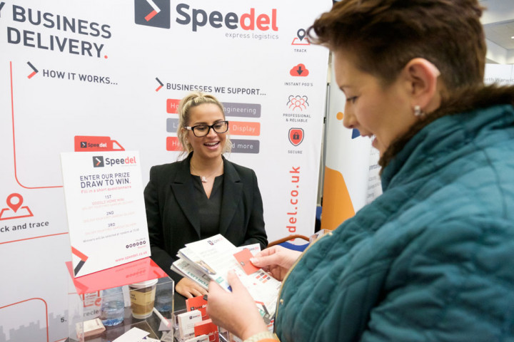 The advantages of using a same day courier for your business event